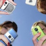 How to make your teen get rid of mobile phone addiction?